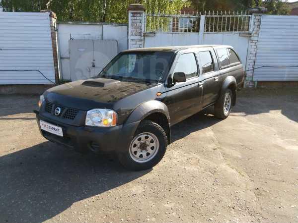 Nissan NP300, 2011 год, 539 700 руб.