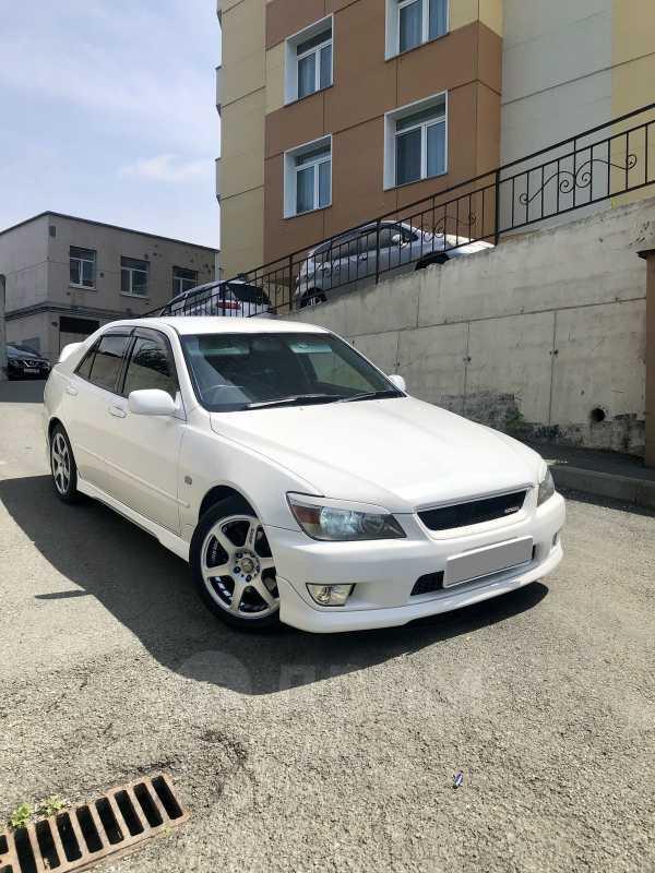Toyota Altezza, 1999 год, 550 000 руб.