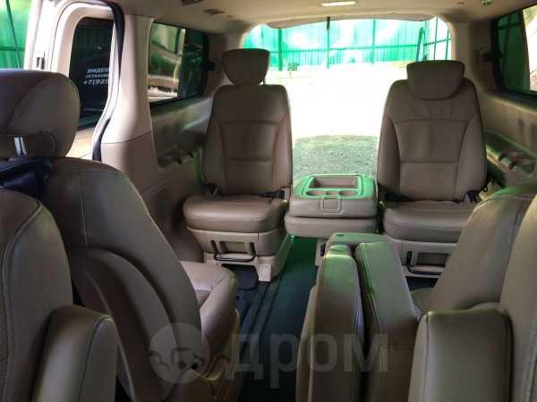 Hyundai Grand Starex, 2009 год, 790 000 руб.