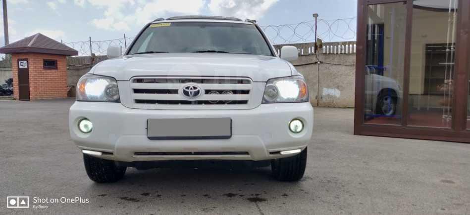 Toyota Highlander, 2004 год, 380 000 руб.