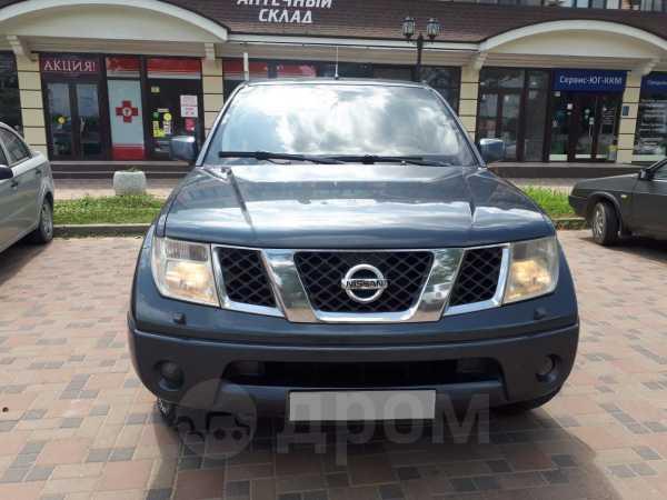 Nissan Navara, 2006 год, 540 000 руб.