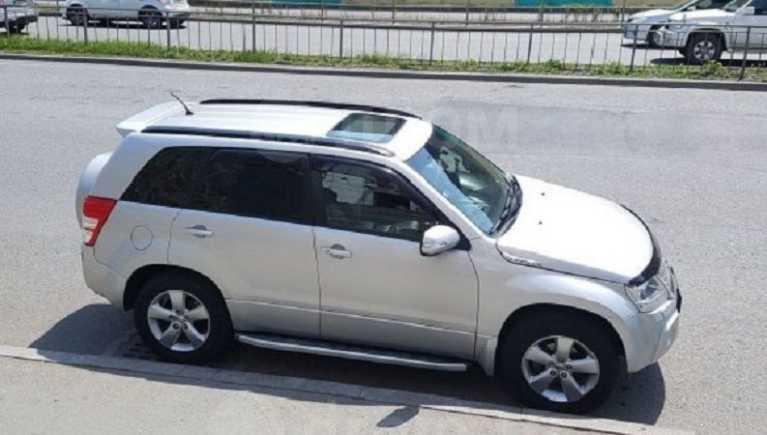 Suzuki Grand Vitara, 2011 год, 935 000 руб.