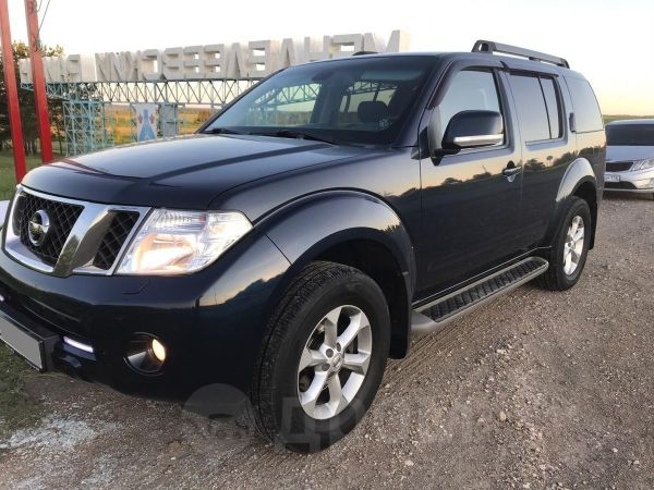 Nissan Pathfinder, 2011 год, 970 000 руб.