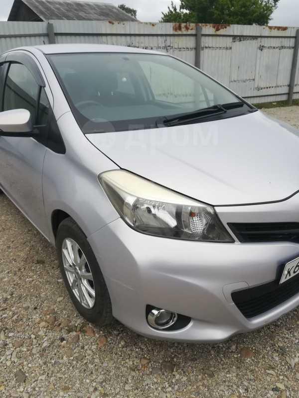 Toyota Vitz, 2013 год, 440 000 руб.