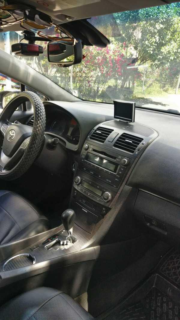 Toyota Avensis, 2009 год, 730 000 руб.