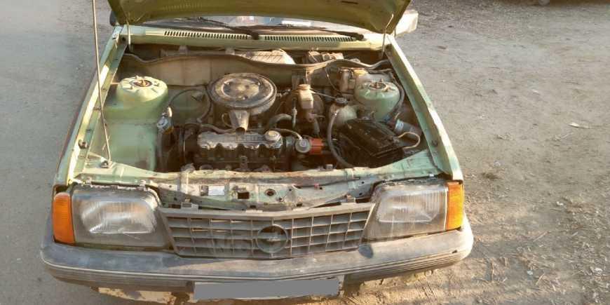 Opel Ascona, 1981 год, 20 000 руб.