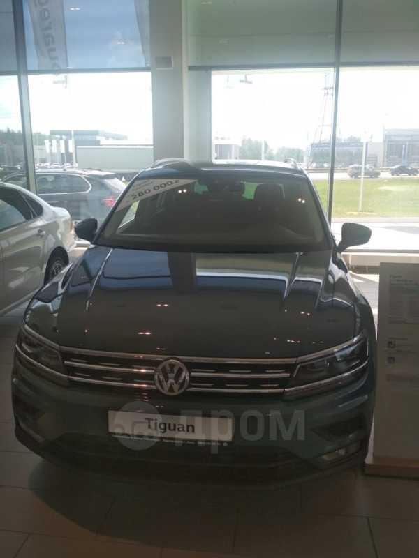 Volkswagen Tiguan, 2019 год, 1 976 500 руб.