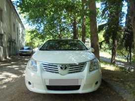 Алушта Avensis 2009