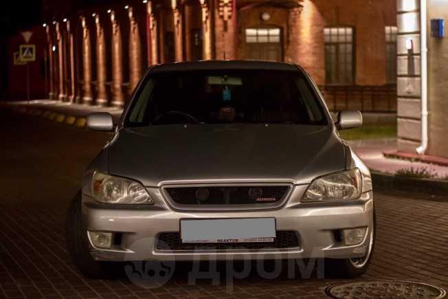 Toyota Altezza, 2001 год, 350 000 руб.