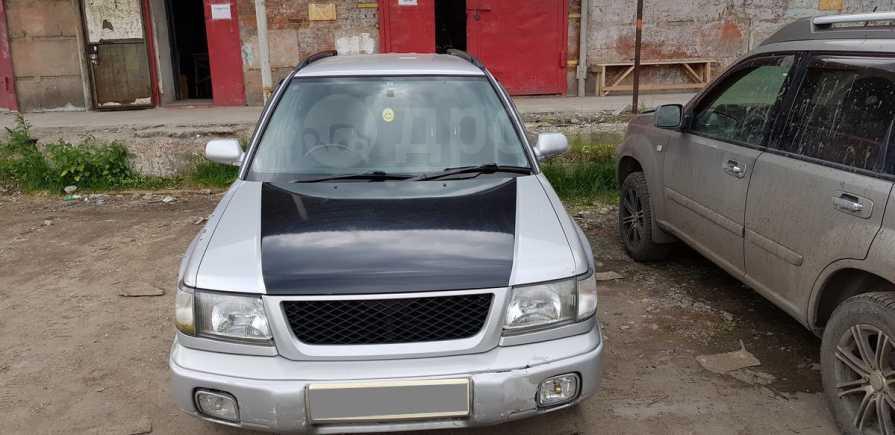 Subaru Forester, 1998 год, 230 000 руб.