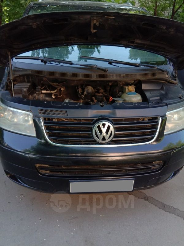 Volkswagen Caravelle, 2005 год, 710 000 руб.