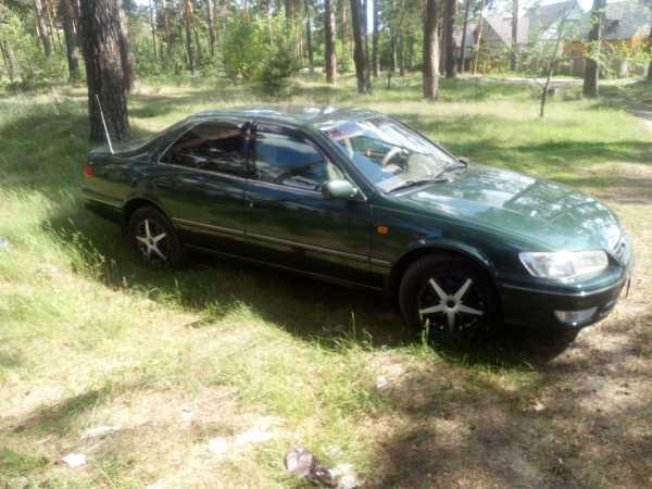 Toyota Camry, 2000 год, 298 000 руб.