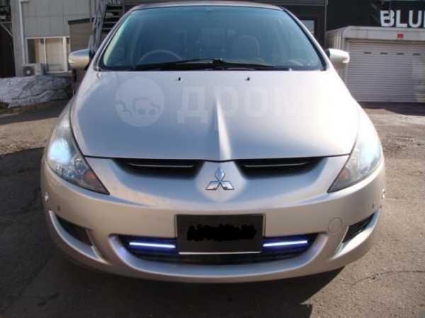 Mitsubishi Grandis, 2003 год, 176 000 руб.