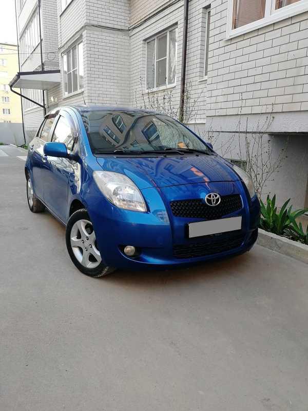 Toyota Yaris, 2007 год, 290 000 руб.