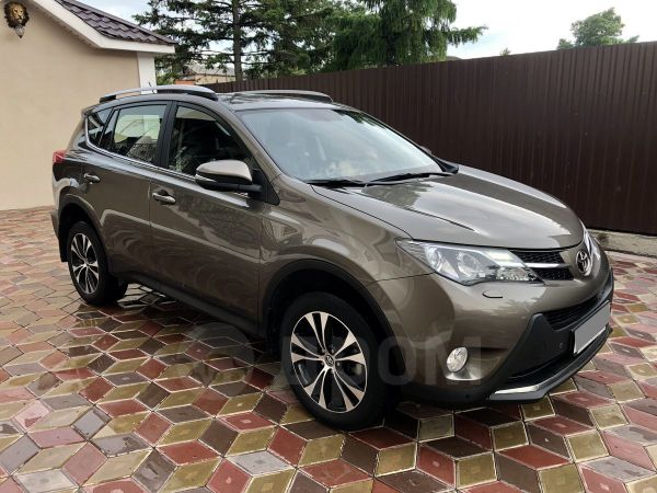 Toyota RAV4, 2015 год, 1 385 000 руб.