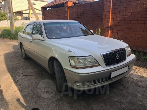 Toyota Crown Majesta, 2000 год, 270 000 руб.