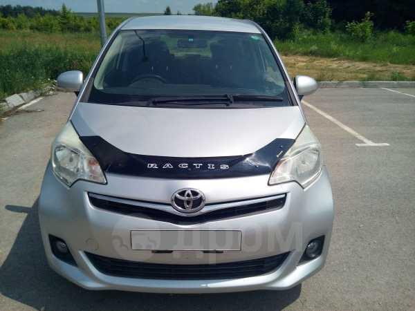 Toyota Ractis, 2013 год, 595 000 руб.