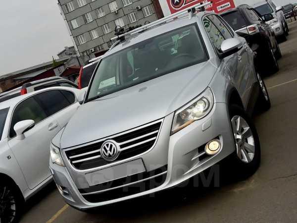 Volkswagen Tiguan, 2011 год, 788 000 руб.