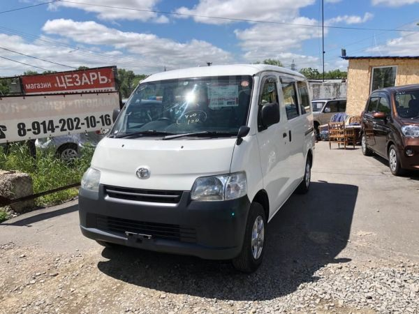 Toyota Town Ace, 2014 год, 695 000 руб.