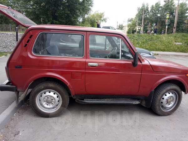 Лада 4x4 2121 Нива, 1998 год, 105 000 руб.
