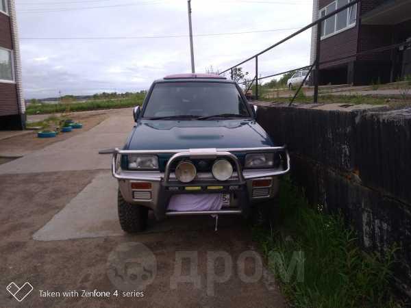 Nissan Mistral, 1994 год, 200 000 руб.