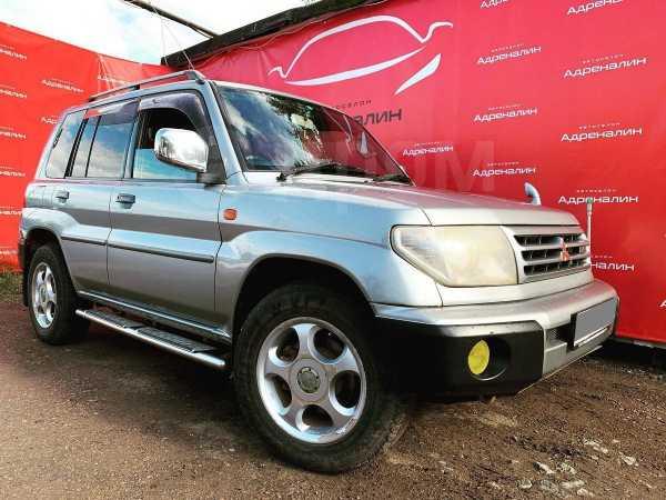Mitsubishi Pajero iO, 2000 год, 270 000 руб.