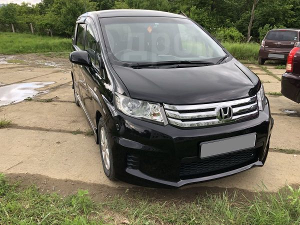 Honda Freed Spike, 2010 год, 450 000 руб.