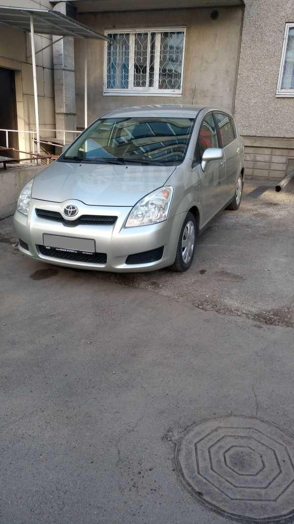 Toyota Corolla Verso, 2007 год, 530 000 руб.
