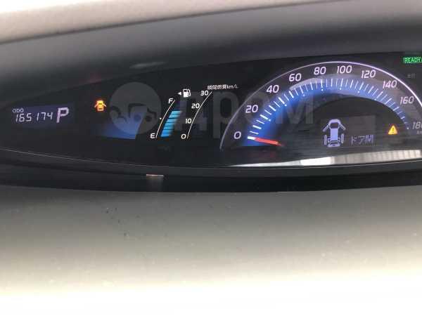 Toyota Estima, 2010 год, 999 999 руб.