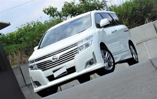 Nissan Elgrand, 2011 год, 515 000 руб.