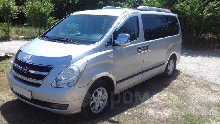 Hyundai Grand Starex, 2010 год, 1 000 000 руб.