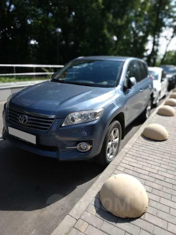 Toyota RAV4, 2011 год, 950 000 руб.