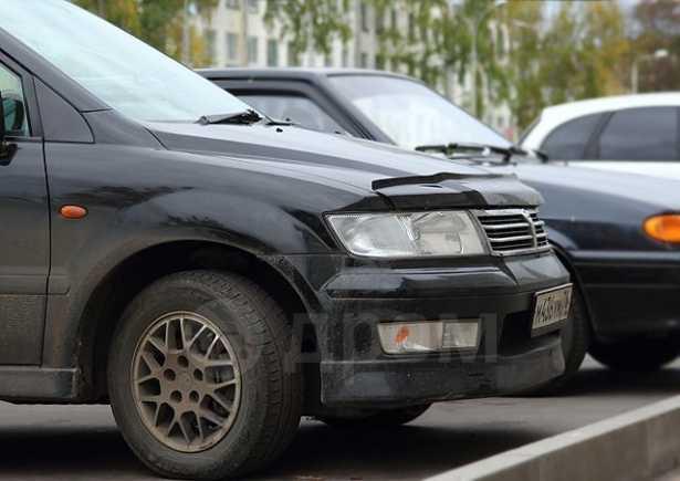 Mitsubishi Chariot Grandis, 2000 год, 395 000 руб.