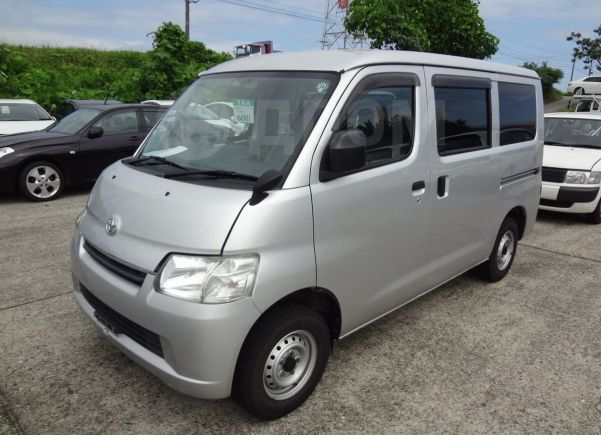 Toyota Town Ace, 2013 год, 680 000 руб.