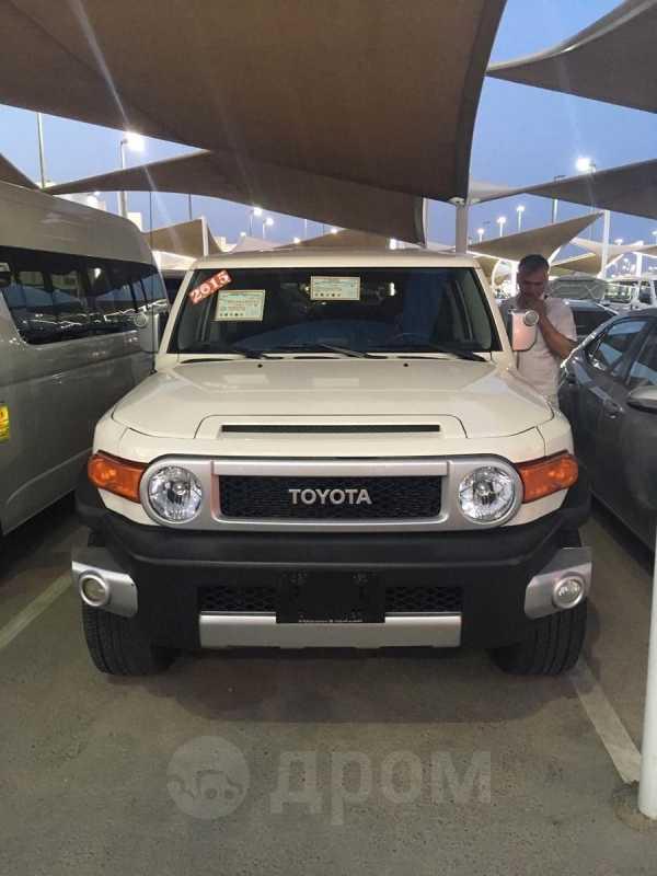 Toyota FJ Cruiser, 2015 год, 3 350 000 руб.