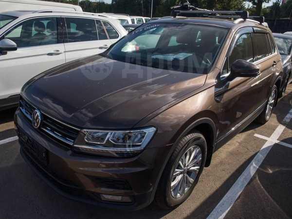 Volkswagen Tiguan, 2019 год, 2 374 500 руб.