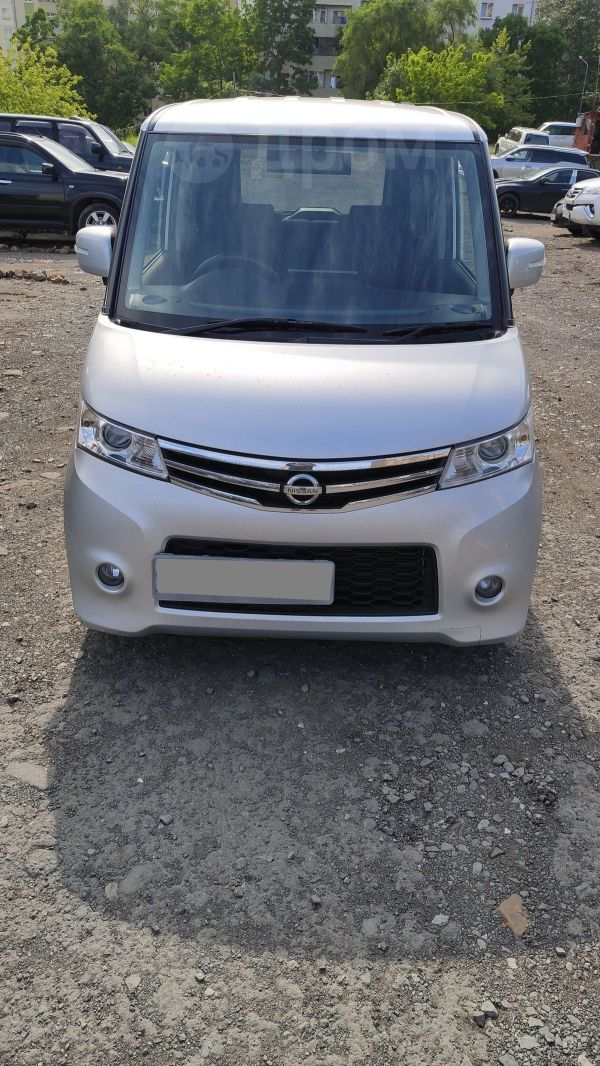 Nissan Roox, 2011 год, 290 000 руб.