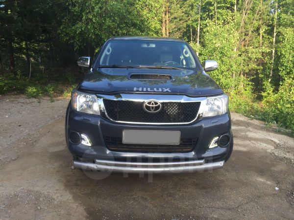 Toyota Hilux Pick Up, 2014 год, 1 300 000 руб.