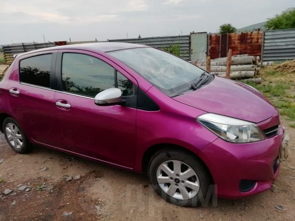 Toyota Vitz, 2011 год, 480 000 руб.