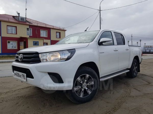 Toyota Hilux Pick Up, 2015 год, 1 500 000 руб.