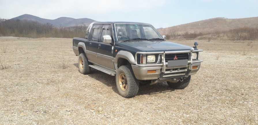 Mitsubishi Strada, 1995 год, 340 000 руб.
