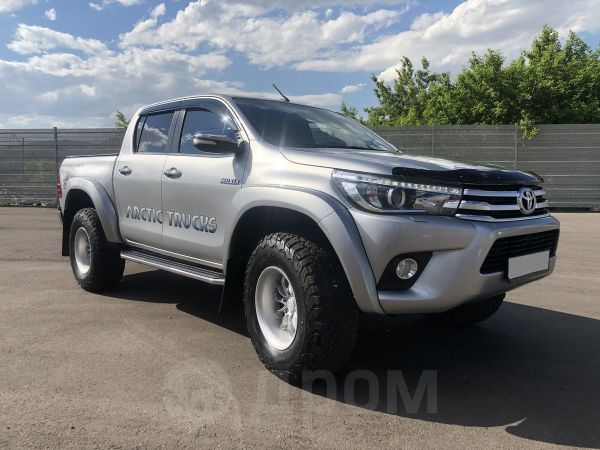 Toyota Hilux Pick Up, 2016 год, 2 650 000 руб.