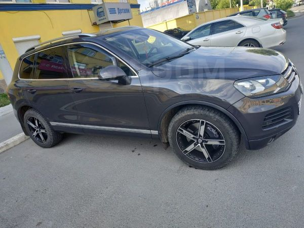 Volkswagen Touareg, 2011 год, 1 500 000 руб.