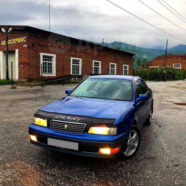 Toyota Camry, 1998 год, 258 000 руб.