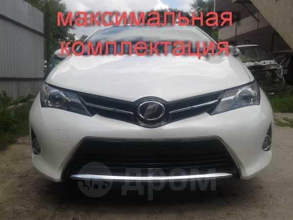 Toyota Auris, 2014 год, 669 990 руб.