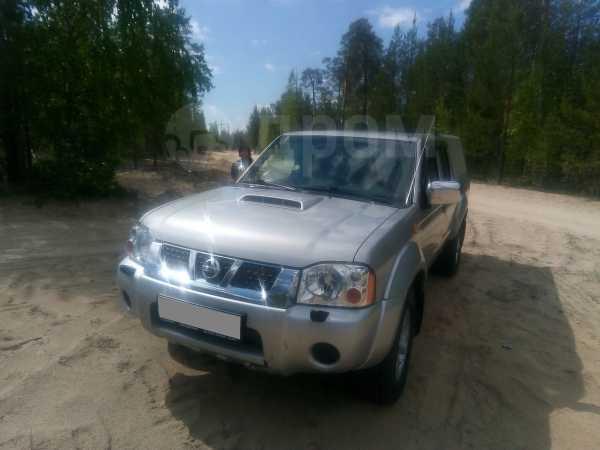 Nissan NP300, 2013 год, 700 000 руб.