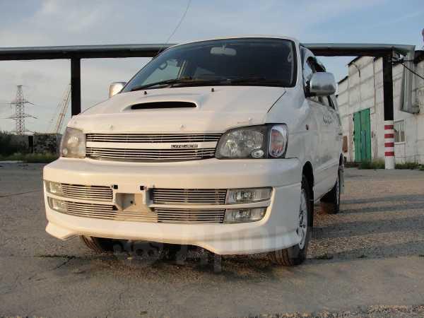 Toyota Town Ace Noah, 1999 год, 348 000 руб.