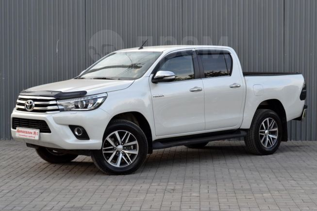Toyota Hilux Pick Up, 2015 год, 1 899 900 руб.