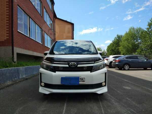 Toyota Voxy, 2016 год, 1 380 000 руб.