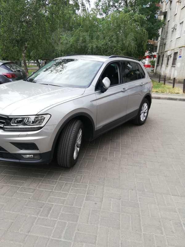 Volkswagen Tiguan, 2019 год, 1 750 000 руб.